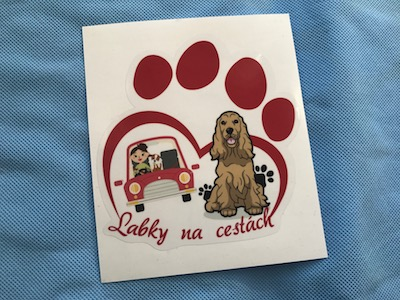 nálepka na auto pes